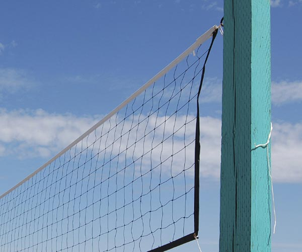 how to put lights on a volleyball net
